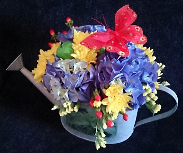 цветы, букет, лейка, букет мужчине, букет садоводу