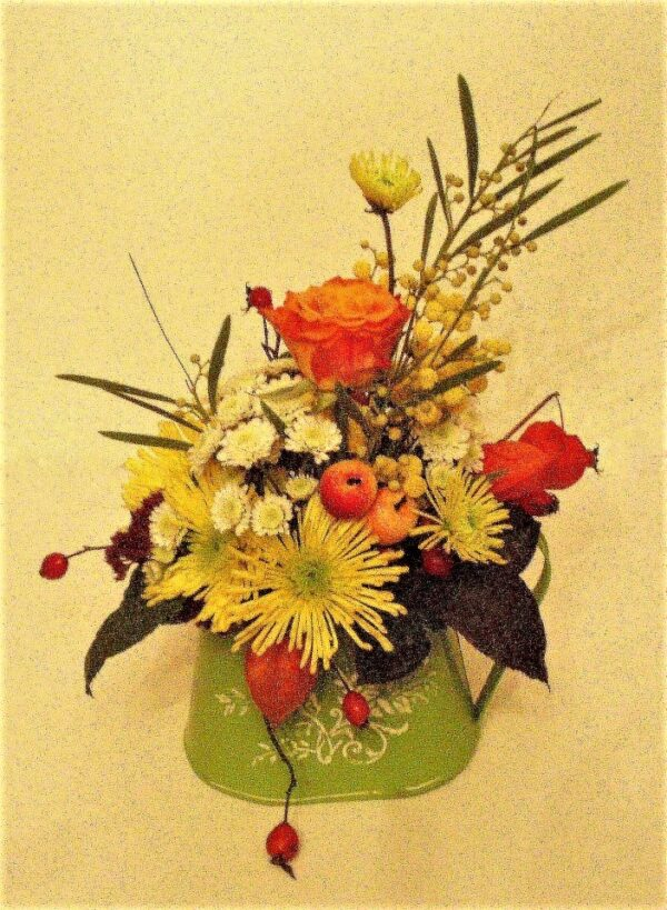 цветы, букет, декоративная лейка с цветами