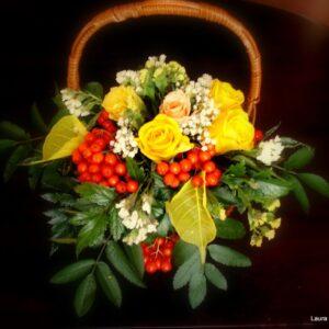 цветы, букет, корзинка с цветами, рябина